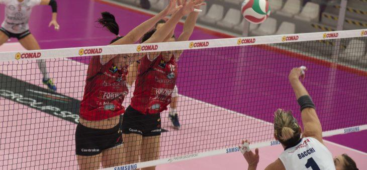 Grande pallavolo e spettacolo tra Ravenna e Perugia che al tie break esce vincitrice dal PalaCosta