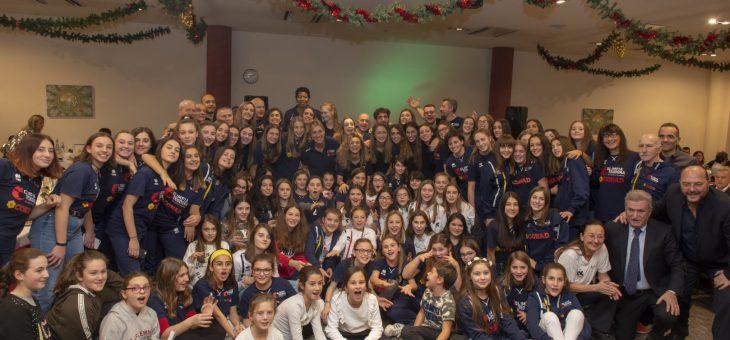 Grande festa tra squadra, settore giovanile, sponsor e abbonati alla cena di Natale dell'Olimpia Teodora
