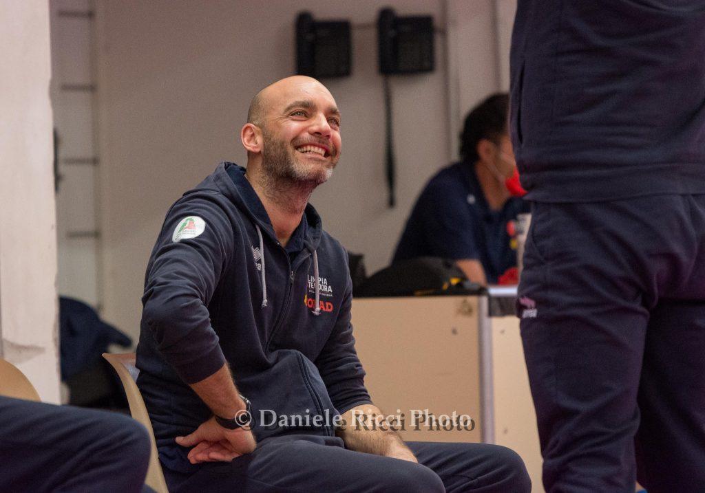 Coach Simone Bendandi resta a Ravenna per altri due anni
