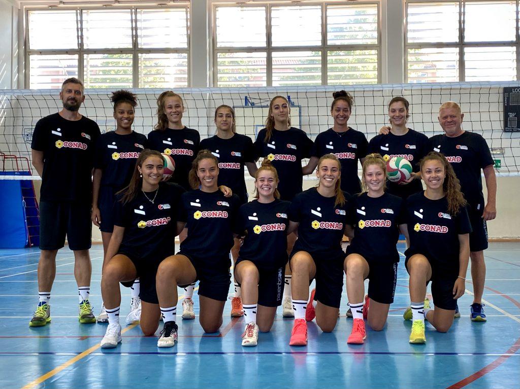 La squadra di Serie B2 dell'Olimpia Teodora pronta per cominciare il campionato